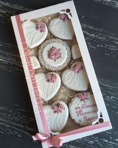 Elegant Cookies, Fancy Cookies, Sweet Cookies, Iced Cookies, Yummy Cookies, Sugar Cookies, Sugar Cookie Frosting, Royal Icing Cookies, Valentines Day Cookies