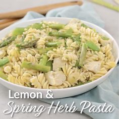 This yummy spring past recipe is loaded with fresh asparagus, artichoke hearts and topped with a light lemon and herb dressing! Turkey Burger Recipes, Lunch Recipes, Pasta Recipes, Salad Recipes, Vegetarian Recipes, Healthy Recipes, Healthy Food, Cold Pasta, Fresh Asparagus