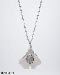 Zauberhafter Anhänger mit funkelndem Labradorit #edelstein #schmuck von #sognidoro in #silver #jewelry #gemstone by #sogni #doro