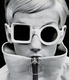 ICONIC 60s PIERRE CARDIN REVERSIBLE ASYMMETRICAL TWIGGY SUNGLASSES SPACE AGE