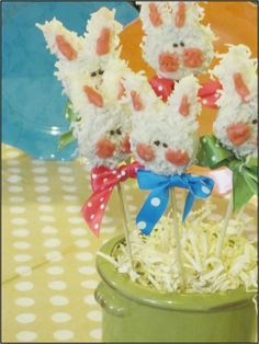 """Bunny Cookies On A Stick"". These bunny cookies are easy and fun to make! Use them to decorate your table for Easter. Dress up your Baby Shower. Easter Birthday Party, Bunny Birthday, Animal Birthday, 3rd Birthday, Birthday Ideas, Easter Eggs, Easter Baby, Happy Easter, Homemade Party Favors"