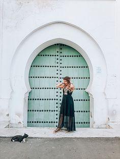 Marrakech - arabic door - oriental style - oriental inspiration - arabic inspiration - travel inspiration - boho dress - boho style