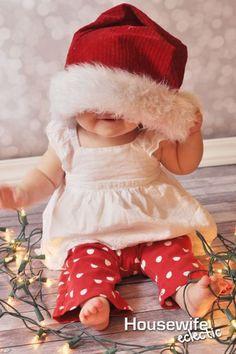 Cadê a menina com gorro do Papai Noel? Achou!