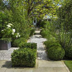 Elegant & Formal Garden | The Garden Builders