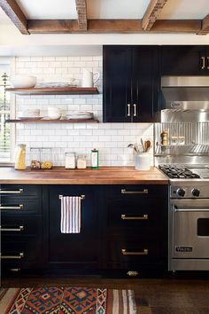 Subway Tile Kitchen Ideas-03-1 Kindesign