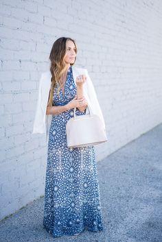 Blue maxi dress and sandals for weekend brunch. #HelloGorgeous