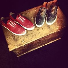The red and blue denim brogue