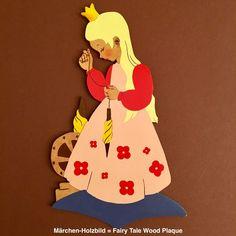 Märchen-Holzbild 💙 Fairy Tale Wood Plaque No16 DORNRÖSCHEN MERTENS-KUNST 1950 in Antiquitäten & Kunst, Volkskunst, Volkskunst | eBay!