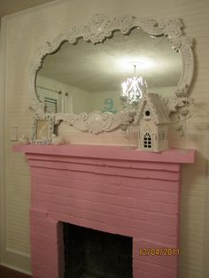 PINK FIREPLACE IN A LITTLE GIRLS ROOM, LOVE.