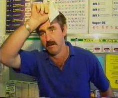 Das sich sein Leben noch einmal so wendet, hätte sich dieser Mann sicher nicht geglaubt: http://www.joiz.de/news/glueckspilz-gewinnt-250000-dollar-mit-rubbellos-live-im-tv