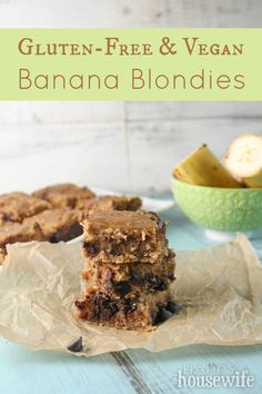 A delicious and healthy recipe for an after school snack or dessert: Gluten Free & Vegan Banana Blondies Gluten Free Bars, Gluten Free Deserts, Gluten Free Banana, Gluten Free Snacks, Foods With Gluten, Sans Gluten, Vegan Desserts, Vegan Gluten Free, Gluten Free Recipes