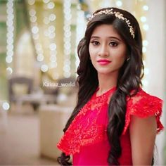 Hair Accessories For Women Indian 66 Ideas Shivangi Joshi Instagram, Cute Girl Photo, Indian Designer Outfits, Hair Accessories For Women, Celebs, Celebrities, Stylish Girl, Indian Beauty, Indian Actresses
