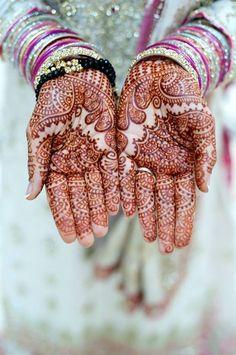 """shaadifashion: """"Noor Photography Sanaa's Mehndi """""""
