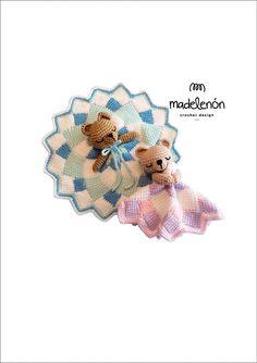ᴥ   ᴥ   ᴥ   ᴥ   ᴥ   ᴥ   ᴥ   ᴥ   ᴥ   ᴥ   ᴥ   ᴥ   ᴥ   ᴥ   ᴥ   ᴥ  Este es un patrón de crochet en PDF – NO los muñecos de las fotos!  ᴥ   ᴥ   ᴥ   ᴥ   ᴥ   ᴥ   ᴥ   ᴥ   ᴥ   ᴥ   ᴥ   ᴥ   ᴥ   ᴥ   ᴥ   ᴥ   Hola! Él es MimOso, el compañero ideal de tu bebé! Cada MimOso terminado mide aproximadamente 20 cm pero puede ser más grande o más pequeño dependiendo del material y el gancho que uses para realizarlo y, por supuesto, si llegas a tener algún problema con el patrón avísame por favor! Será un placer…
