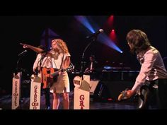 """The Band Perry - """"Independence"""" Live at the Grand Ole Opry"""