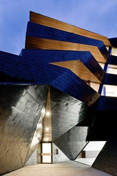 Modern Topographical Design-The Dolomitenblick in Italy by Plasma Studio Homesthetics