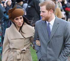 La famille royale a festoyé dans la plus stricte intimité. Les grilles du château de Sandringham sont bien gardées. Seuls l'imagination et les détails festifs connus du public, permettent de …