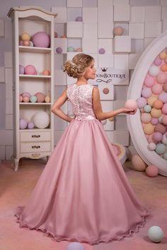 Blush color rosa de encaje de Florista de satén  boda vestido