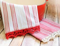 I have been very excited for this post ... crochet edged tea towels are one of my favorite things and a pretty and easy way to add some color to your kitchen! So grab a towel and let's get started ...