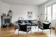 Möblera med stor soffgrupp och läshörna