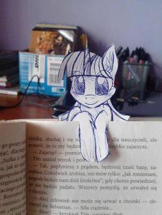 My Little Pony bookmark, Twilight Sparkle edition. My Little Pony Comic, My Little Pony Drawing, My Little Pony Pictures, Mlp My Little Pony, My Little Pony Friendship, Mlp Twilight, Princess Twilight Sparkle, My Little Pony Wallpaper, Little Poni
