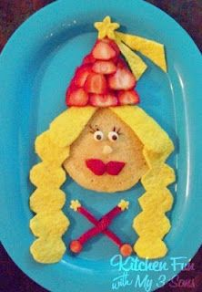 use all fruit and make a princess plate. do something for pirate with fruit as well