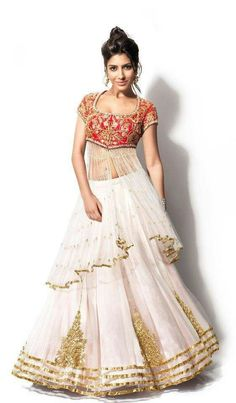 White n gold lehenga with embroidered blouse @ Looksgud.in #lehenga #wedding #ethnic #fashion #style #designer