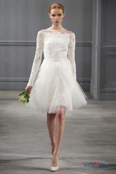 Biała suknia ślubna Monique Lhuillier z koronkowami rękawami krótka #slub #wesele #wedding #sukienki