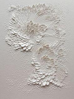 (c) Lauren Collin Bas Relief en Papier Aquarelle Grain Satiné Format cm Wall Sculptures, Sculpture Art, Art Texture, Visual Texture, Textile Texture, Plaster Art, Paperclay, Textures Patterns, Paper Cutting