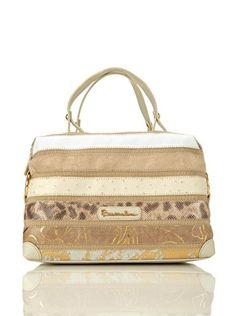 it.buyvip.com  Borsa con manici portabili a mano. Tasche: interne. Suitcase, Amazon, Fashion, Moda, Amazons, Riding Habit, Fashion Styles, Fashion Illustrations, Briefcase