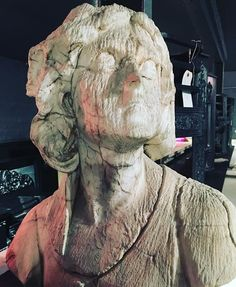 #marble #weathered #bust #Victorian #garden #ornament #decor #outdoors #interior #instastyle #instadaily #propertydevelopment…