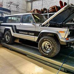 Jeep Cj7, Jeep Wagoneer, Cherokee Chief, Jeep Cherokee, Jeep Truck, Pickup Trucks, Bug Out Vehicle, Jeepers Creepers, Mitsubishi Pajero