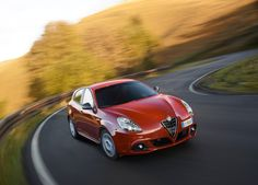 2015 Alfa Romeo Giulietta Sprint Front Angle