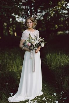 Wedding dress with lace bodice | Photography by http://www.blog.rebeccagoddardphotography.com/