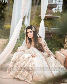 #kanwalaftab #bridalshot  #design #fashion #trend Pakistani Bridal Makeup, Pakistani Fashion Party Wear, Pakistani Wedding Outfits, Indian Fashion Dresses, Indian Outfits, Beautiful Pakistani Dresses, Pakistani Formal Dresses, Pakistani Dress Design, Beautiful Dresses