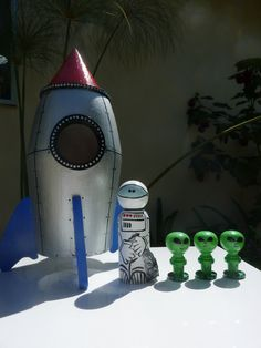 Rocket Ship Whittle Set Peg Dolls by WinkysWhittles on Etsy