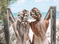 TROPICA Natural Hair & Skin Beauty products are packed with exclusive Superfoods for BOMBSHELL results. Best in class hair vitamins, coconut oil hair mask, organic virgin coconut oil and more! Fast Hairstyles, Pretty Hairstyles, Braided Hairstyles, Beach Hairstyles, Perfect Hairstyle, Hairstyle Men, Formal Hairstyles, Wedding Hairstyles, Hair Inspo