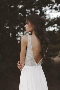 Updo, Evening Dresses For Weddings, Wedding Dresses, Beautiful Bridal Dresses, Lakeside Wedding, Boho Bride, Fashion 2020, Wedding Events, Wedding Hairstyles