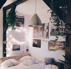 Bedroom - Lighting - Twinkle / String Lights