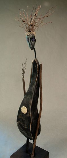 forgotten objects | Figurative Sculpture