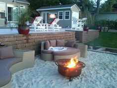 20 Creative Beach-Style Outdoor Living Ideas Why bring sand to the beach when you can bring the beach to you! Here are 20 creative beach-style outdoor living ideas. The post 20 Creative Beach-Style Outdoor Living Ideas appeared first on Welcome! Backyard Beach, Backyard Hammock, Fire Pit Backyard, Backyard Patio, Backyard Landscaping, Hammock Ideas, Sand Patio, Landscaping Ideas, Modern Landscaping