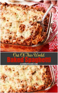 spaghetti recipes Out Of This World Baked Spaghetti is a one pan meal thats always a hit at the supper table or at a covered dish supper. With a creamy, cheesy center, and a meaty sauce, this pasta casserole is comfort food taken to a whole new level! Pasta Casserole, Casserole Dishes, Casserole Recipes, Baked Spaghetti Casserole, Pasta Bake Recipes, Gourmet Recipes, Beef Recipes, Cooking Recipes, Starbucks Recipes