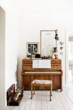 Scandinavian Styling in a Swedish Homestead (via Bloglovin.com )