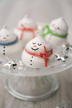 Bonhommes de neige en meringue - Des meringues pour décorer sa table de fête - Elle