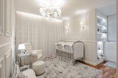 Resultado de um Projeto executado para quarto de Bebê! Clássico. Feminino. Cinza e Prata.