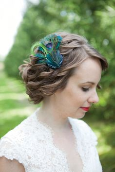 Peacock feather accessory
