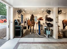 Tour a Dreamy White Barn in Connecticut - STABLE STYLE - horses in the grooming stall Peaceful Self confidence Dream Stables, Dream Barn, Horse Tack Rooms, Horse Barn Designs, Connecticut, Horse Barn Plans, Horse Stalls, Barn Stalls, White Barn