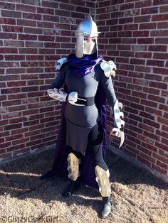 Shredder Costumes (for Men, Women, Kids) Easy Diy Costumes, Creative Costumes, Cool Costumes, Cosplay Costumes, Halloween Costumes, Costume Ideas, Halloween Makeup, Costume Zombie, Cosplay Ideas