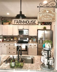 30 Wonderful Modern Farmhouse Kitchen Cabinets Decor Ideas And Makeover. If you are looking for Modern Farmhouse Kitchen Cabinets Decor Ideas And Makeover, You come to the right place. Kitchen Cabinets Decor, Kitchen Redo, Home Decor Kitchen, Kitchen Dining, Rustic Cabinets, Kitchen Wall Decor Rustic, How To Decorate Kitchen, Kitchen Sign Ideas, Farm House Kitchen Ideas