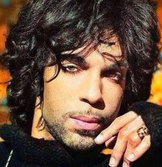 Prince Is the best, and I don't care if he does have a perm. Sheila E, Prince Purple Rain, Baby Daddy, Jazz, Pictures Of Prince, Prince Images, The Artist Prince, Hip Hop, Roger Nelson